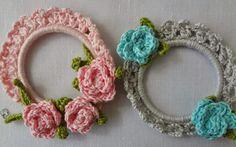 little wreaths... sweet