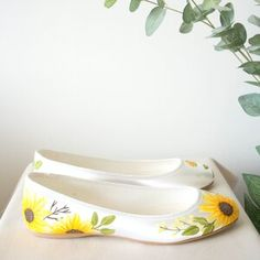 Hand painted flat wedding shoes, designed to match your wedding flowers or wedding theme Yellow Wedding Shoes, Unique Wedding Shoes, Wedding Accessories, Yellow Bridesmaid Dresses, Bridesmaid Outfit, I Love My Shoes, Floral Flats, Satin Color, London Shoes
