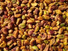 Rauwe gepelde Pistachenoten!  Bekijk het hele assortiment Rauwe noten op http://www.versenoten.nl/index.php?item=rauwe-noten=page_id=13=NL  Makkelijk te bestellen, snel geleverd, Lage verzendkosten en vanaf €25,- GEEN verzendkosten!  Wij wensen u veel smaakgenot!