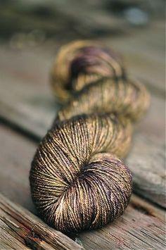 Kelpie Fibers Lotus Sock, like gold shot with purple Yarn Thread, Yarn Stash, Yarn Needle, Crochet Yarn, Knitting Yarn, Knitting Patterns, Spinning Yarn, Hand Dyed Yarn, Yarn Colors