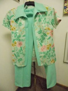 70s Era Poly Knit Womens 2 Piece Pant Suit by PfantasticPfinds, $19.99