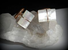 ART DECO 9K ROSE GOLD IRIDESCENT MOTHER OF PEARL CUFFLINKS