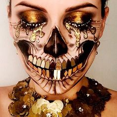 Opulent Skull ✨Inspired by the amazing @jadedeacon lashes by Ilamasqua. #amazingmakeupart #skulltress #blackandgold #skullface #skullart #patmcgrath #patmcgrathreal #dupemag #gold @amazingmakeupart