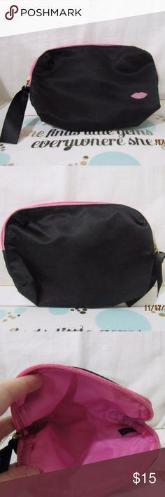 Laura Geller black w/pink lips makeup bag Pink Lips Makeup, Lip Makeup, Laura Geller, Black Ribbon, Zippers, Cosmetic Bag, Stains, Cases, Best Deals
