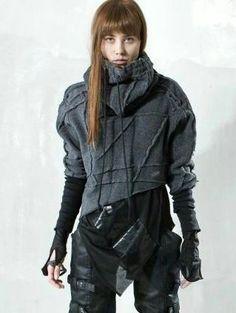 Postapokalyptisches Outfit ~ ich liebe diesen Pulli