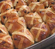 Annabel Langbein Hot Cross Buns with Chocolate Hearts Recipe