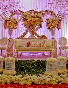 16 best international wedding decoration images on pinterest the northern dreamer mawarprada dekorasi pernikahan modern pelaminan wedding junglespirit Image collections