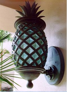 Is your outdoor light boring? Welcome your guests with this tropical pineapple outdoor light sconce! Design Tropical, Tropical Home Decor, Tropical Houses, Coastal Decor, Tropical Furniture, Tropical Interior, Tropical Colors, Hawaiian Home Decor, Tropical Garden