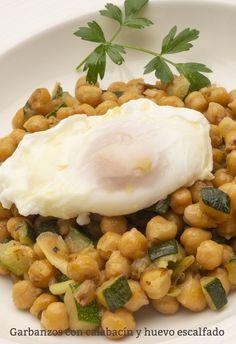 Chickpea Recipes, Vegetarian Recipes, Healthy Recipes, Egg Recipes, Cooking Recipes, Go Veggie, Salty Foods, Good Food, Yummy Food