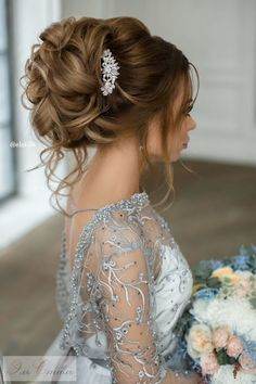 Featured Hairstyle: Elstile; www.elstile.ru; Wedding hairstyle idea