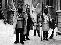 Tiernapojat Oulussa 1911-1912. Kuva: Samuli Paulaharju