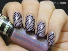 This looks like a pretty idea. You would have to freehand the second part with a Sally Hansen Nail Polish Art Pen. You can get those at Walgreens. I checked 3 days ago and they still carry them in both solid colors and the special colors for just drawing. Chrome Nail Polish, Holographic Nail Polish, Nail Polish Art, Chrome Nails, Love Nails, Fun Nails, Pretty Nails, Mauve, Zebra Nail Art