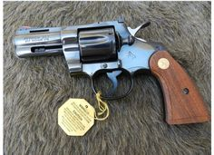 Colt Python 3 inch #handgun,Glock17,deserteaglepistol,1911,pythonrevolver,revolver,colt45peacemaker,mk23socom,hicappapistol,goldplatedpistol,beretta93r