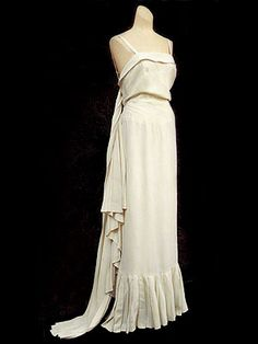 """Worth bias-cut silk crepe evening gown, c.1930. A small label of the model name and number reads """"19020/10756 ARÔME robe."""""""