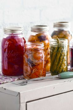 27 Easy Pickling & Canning Recipes - How to Make Homemade Refrigerator Pickles