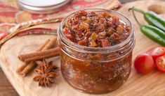 Stefano's Bacon Jam to have with meatloaf, hamburgers, grilled cheese on a soft cheese and crackers etc. Rhubarb Bbq Sauce, Vanilla Sheet Cakes, Bacon Mashed Potatoes, Chicken Broccoli Pasta, Grilled Sardines, Boston Baked Beans, Veggie Cups, Pork Schnitzel, Bacon Jam