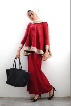 Abaya Fashion, Fashion Dresses, Blouse Dress, Dress Up, Modern Kebaya, Korean Dress, Traditional Dresses, African Fashion, Blouse Designs