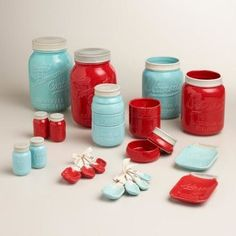 Our stylish Mason Jar Measuring Cups feature a design inspired by vintage canning jars. Use each layer of the jar to measure liquids or solids; after cleaning, stack the durable ceramic cups into an aqua blue mason jar for a cute countertop display. Red Kitchen Decor, Kitchen Jars, Turquoise Kitchen, Kitchen Colors, Vintage Kitchen, Kitchen Ideas, Kitchen Design, Kitchen Storage, Mason Jar Kitchen Decor
