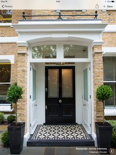 The front page can give an excellent first impression to emphasize the design of the house you have. Some modern front yard landscaping ideas will help… Continue Reading → Victorian Front Doors, Victorian Porch, Victorian Homes, 1930s Porch, Door Design, House Design, Exterior Design, Tile Design, Entrance Design