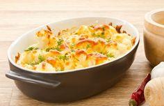 auflauf-mit-blumenkohl-kartoffeln-gekochtem-schinken-und-mozzarella