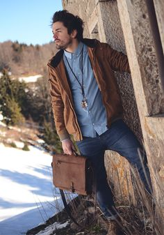 Kjøre Project's Leather Briefcase.. now available.. #leather #briefcase #Norway #snow #winter #handmade