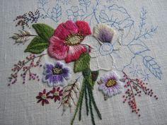 Сегодня хочу рассказать о Chris Richards, что живет в Великобритании. Пожилая дама очень креативна в создании своей вышивки. В своем блоге она делится некоторыми…