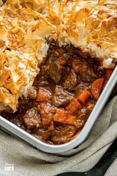 Epic Steak and Vegetable Pie with a delicious golden filo pastry topping - tender pieces of beef with carrots and onion in a deliciously rich homemade gravy. Steak Pie Recipe, Filo Recipe, Beef Steak Recipes, Beef Meals, Chicken Recipes, Beef And Mushroom Pie, Multi Cooker Recipes, Steak And Onions