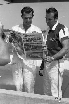 #TBT Its Gentleman Ned Jarrett & Dick Hutcherson checking out a copy of NSSN back in the day! #NASCAR pic.twitter.com/sme2ksLwzl. #OLDSCHOOLNASCAR