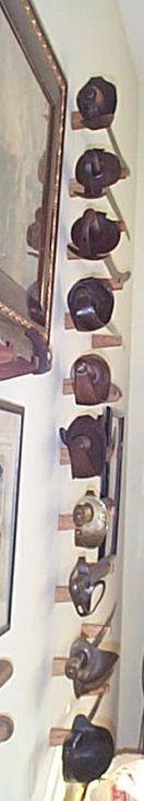 Custom Wooden Wall Brackets for Cutlass Sword Display and Mounting Cutlass Sword, Archery Range, Wall Brackets, Beautiful Wall, Wooden Walls, Wall Hanger, Walnut Wood, Display, Wood Walls