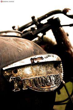 Triumph Detail http://goodhal.blogspot.com/2013/03/debris-019.html #Details #Motorcycle #Triumph #Tanks