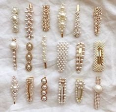 Hair clips and pins are the most popular hair accessories you can get right now … Haarspangen und Haarnadeln sind. Women's Accessories, Hair Accessories For Women, Cute Jewelry, Hair Jewelry, Jewellery Earrings, Gold Jewelry, Bling Bling, Accesorios Casual, Diy Accessoires