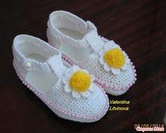 Dress For A Little Beauty - Best Knitting Crochet Baby Shoes, Knit Crochet, Slipper Socks, Slippers, Yarn Crafts, Fiber Art, Needlework, Baby Kids, Knitting