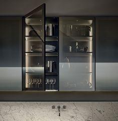 MINIMAL - Contemporary kitchen / glass / wood veneer / with handles by Varenna Poliform Kitchen Dinning, Kitchen And Bath, Kitchen Decor, Kitchen Tables, Dining, Nice Kitchen, Kitchen Ware, Glass Kitchen Cabinets, Kitchen Shelves