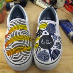 A step by step tutorial on how I altered my shoes to become one of a kind art pieces.  Must try this one.