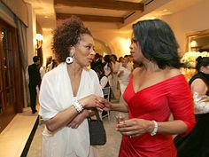 Arriving at Oprah's Legends Ball 2006 | Oprah welcomes Author Terry McMillan to the Legends Ball.
