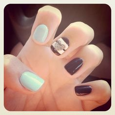 Would rather have chevron on the middle nail
