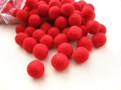 Filz Kugeln rot - 20 Schurwolle Perlen - Kirsche rot Schatten - (W212)