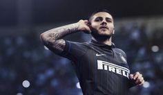 La nuova maglia dell'Inter, molto diversa da quella solita: non ci sono più le striscione! http://ilpo.st/1mbazwu pic.twitter.com/ndePIYmOaz