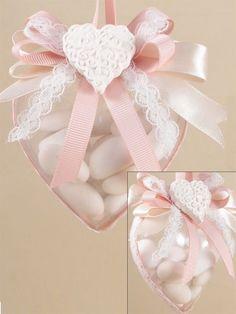 Scatolina plexiglass cuore, nastro, confetti, gessetti
