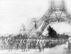 Desfile de la inauguración De la Torre del Reformador. Llevada a cabo el   19 de Julio de 1935 para conmemorar y celebrar el centenario del nacimiento de Justo Rufino Barrios.