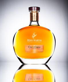 Product Shot: Rémy Martin Cœur de Cognac is distilled very slowly for extra smoothness and vibrant fruitiness, and is designed to offer non-Cognac drinkers an accessible, premium-quality product. Ziqi Zhang Photography 2014 Fashion | Advertising | Commercial  http://ziqi-zhang.com/still-life/  #remymartinvsop #コニャック #レミーマルタン #ふちこ #champagnecognac #drinking_alone #独飲み #nofilter #donjuliotequila #cubancigars #donperignon
