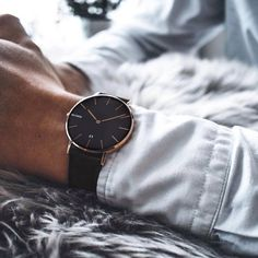 Daniel Wellington, the most popular fashion watch brand in the world! Perfect watch for any occasion! Watch Brands, Casio, Fashion Watches, Daniel Wellington, Your Photos, Black Gold, Bristol, Cool Style