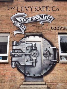 Graffiti / Street Art   Flickr - Photo Sharing!