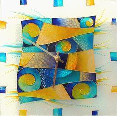 Žlutomodré+Skleněnéhodiny.+Rozměr+25x25+cm+Malbanaskle.+Světlostálé,+voděodolné+barvy+na+sklo,+spolehlivý+hodinový+strojek+německé+výroby+má+tichý+chod.+Dvouletá+záruka. Devon, Fused Glass, Abstract, Artwork, Summary, Work Of Art, Auguste Rodin Artwork, Artworks, Illustrators