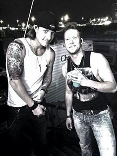<3 Florida Georgia Line <3 Brian Kelley and Tyler Hubbard. Tyler's Smile! And Brian's Face❤️!