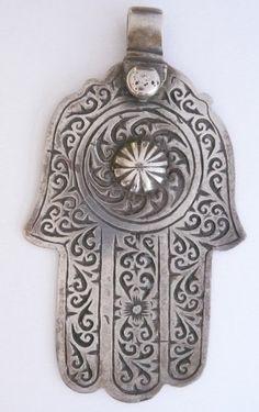 Hand of Fatima - Khamsa - Berber, Morocco Punk Jewelry, Hippie Jewelry, Tribal Jewelry, Yoga Jewelry, Hamsa Design, Spiritual Images, Hamsa Necklace, Book Of Kells, Hand Of Fatima