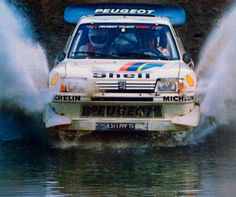 205 Turbo 16, Automobile, Old School Cars, Vintage Race Car, Car Sketch, Rally Car, Car And Driver, Amazing Cars, Peugeot 205