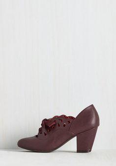 Jump for joy at ModCloth's wide selection of cute & unique women's shoes! Shop sandals to sneakers & pumps to platforms, we have your perfect pair! Vintage Heels, Retro Vintage, Burgundy Heels, Bait, Cute Shoes, Dapper, Classic Style, Oxford Shoes, Shoes Heels
