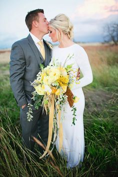 Wedding Bouquets : Picture Description blooming bright yellow wedding bouquet – photo by Sarah Tamagni Photography Yellow Wedding Colors, Yellow Grey Weddings, Gray Weddings, Spring Weddings, Romantic Weddings, Summer Wedding, Dream Wedding, Wedding Blog, Wedding Themes
