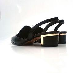 http://instagram.com/p/og2WvvSetL/ #Zapatos #Plata #Moda #Tendencias #Boda #Fiesta #Ceremonia #Invitadas